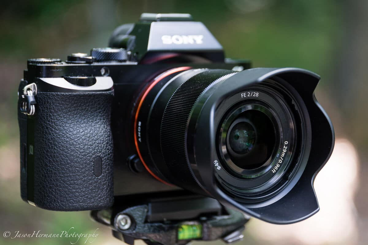 Lente Sony FE 28mm f/2 (SEL28F20)
