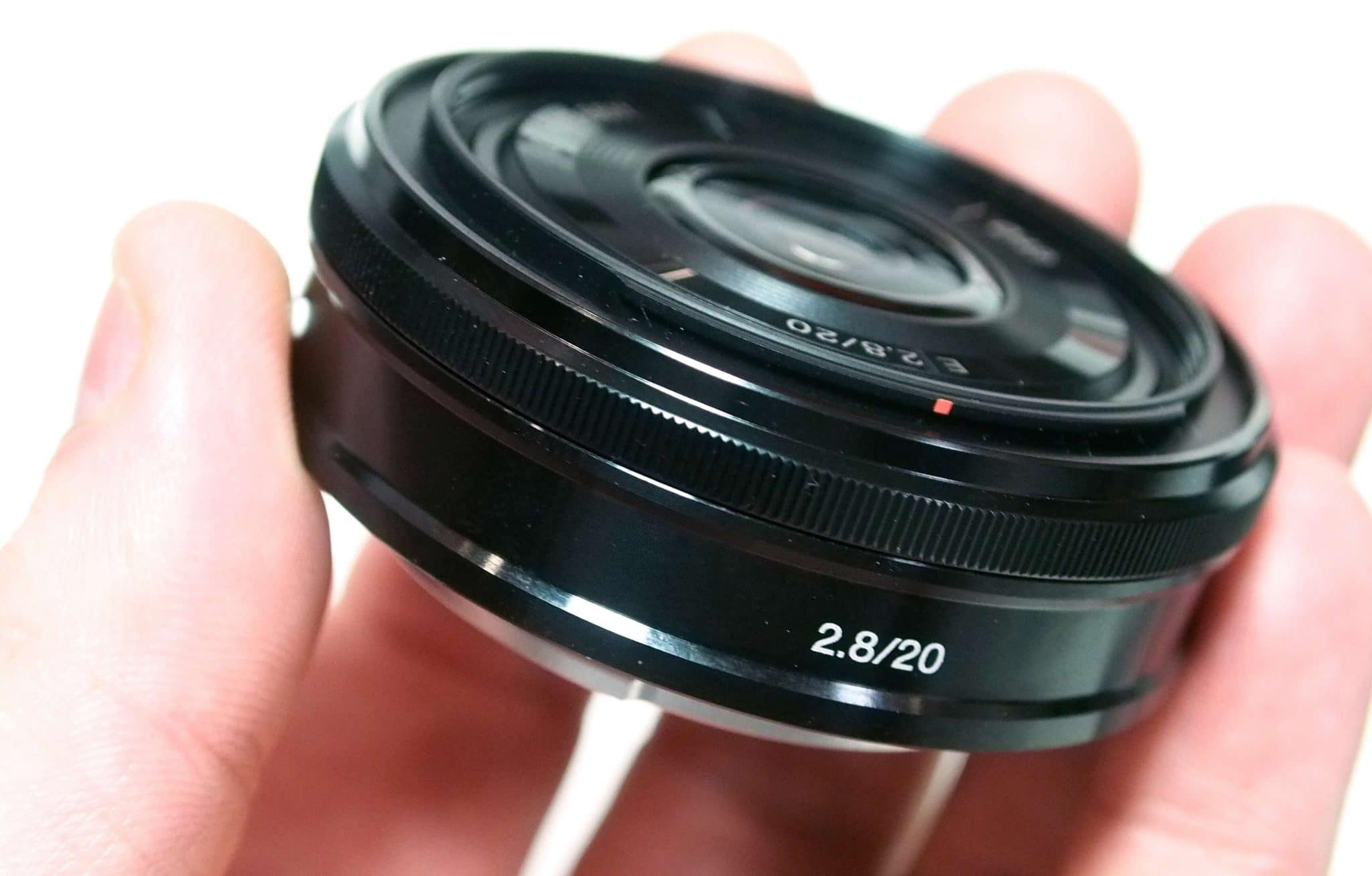 Lente Sony E 20mm f/2.8 SEL20F28 - Review