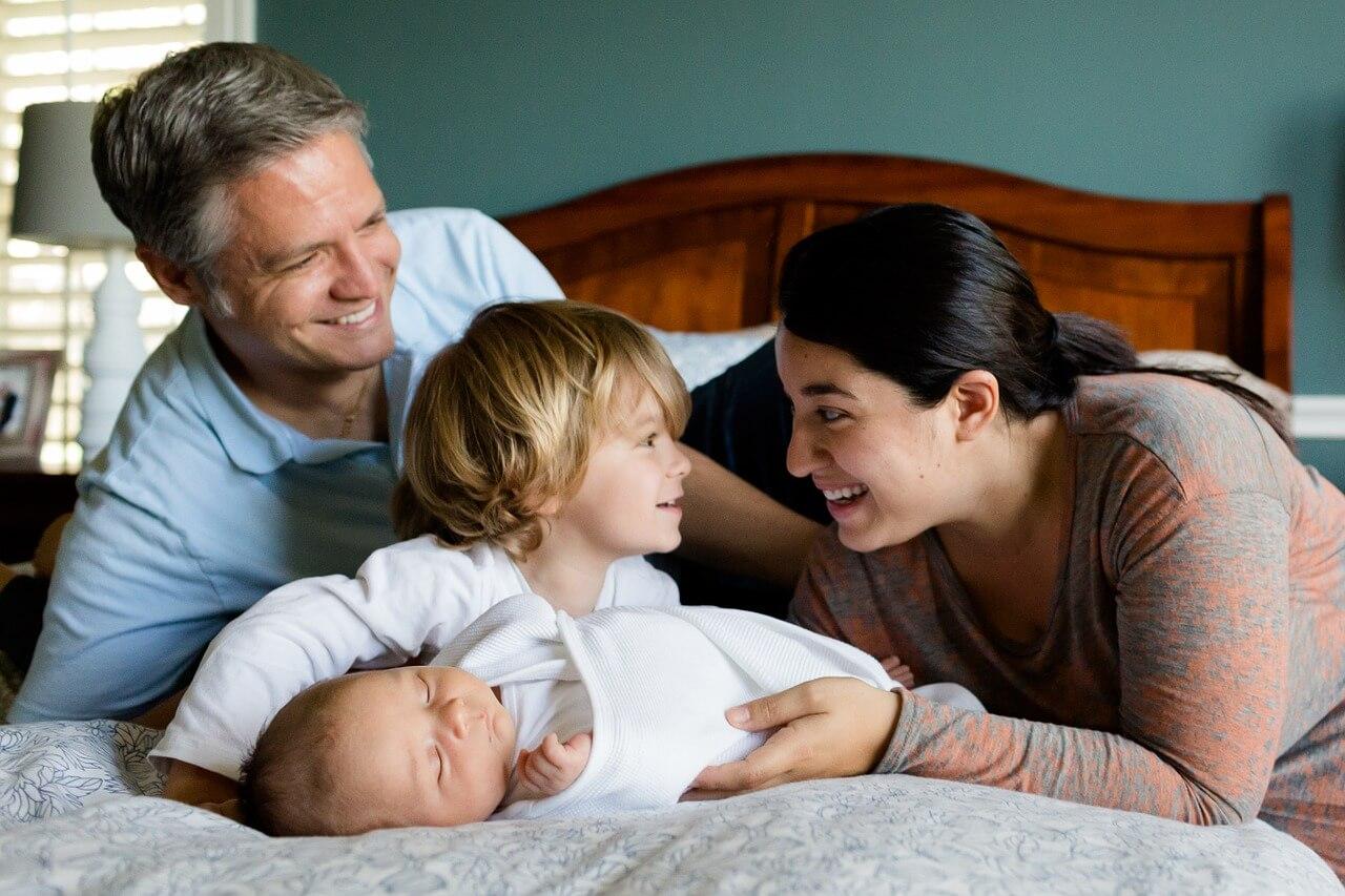 Fotografia newborn: Aprenda como tranquilizar os pais do recém-nascido!