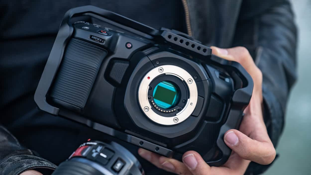 Review: Blackmagic Pocket Cinema 4K - A Pequena, mas Poderosa Câmera de Cinema da Blackmagic.