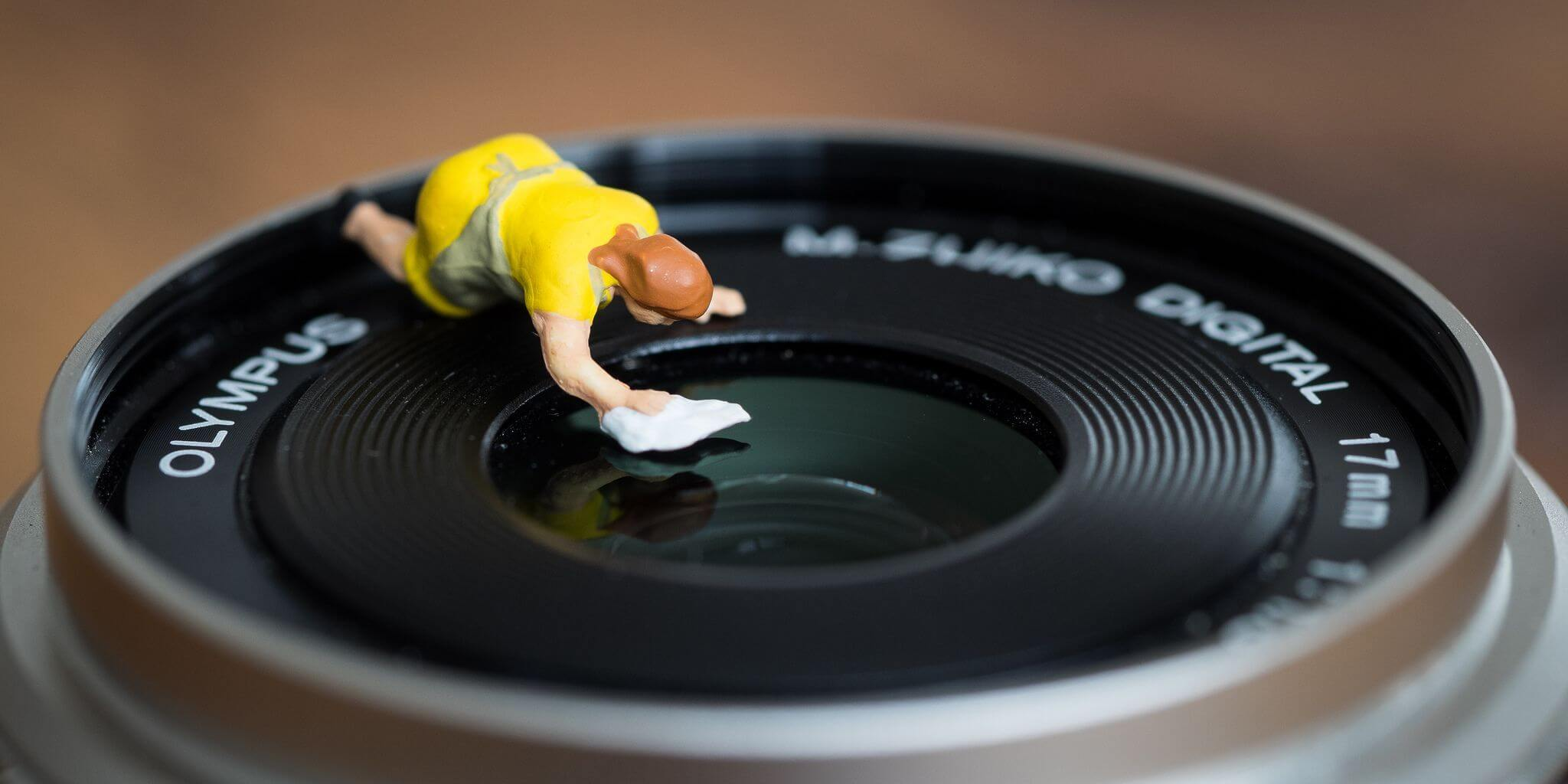 Dicas de Manutenção: Cuidados para Prolongar a Durabilidade de sua Câmera Digital e Lentes.