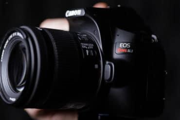 Nova Câmera Canon SL3 uma DSLR para Iniciantes, com vídeo 4K