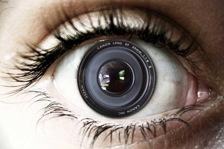 Comparação do olho humano a uma câmera digital.
